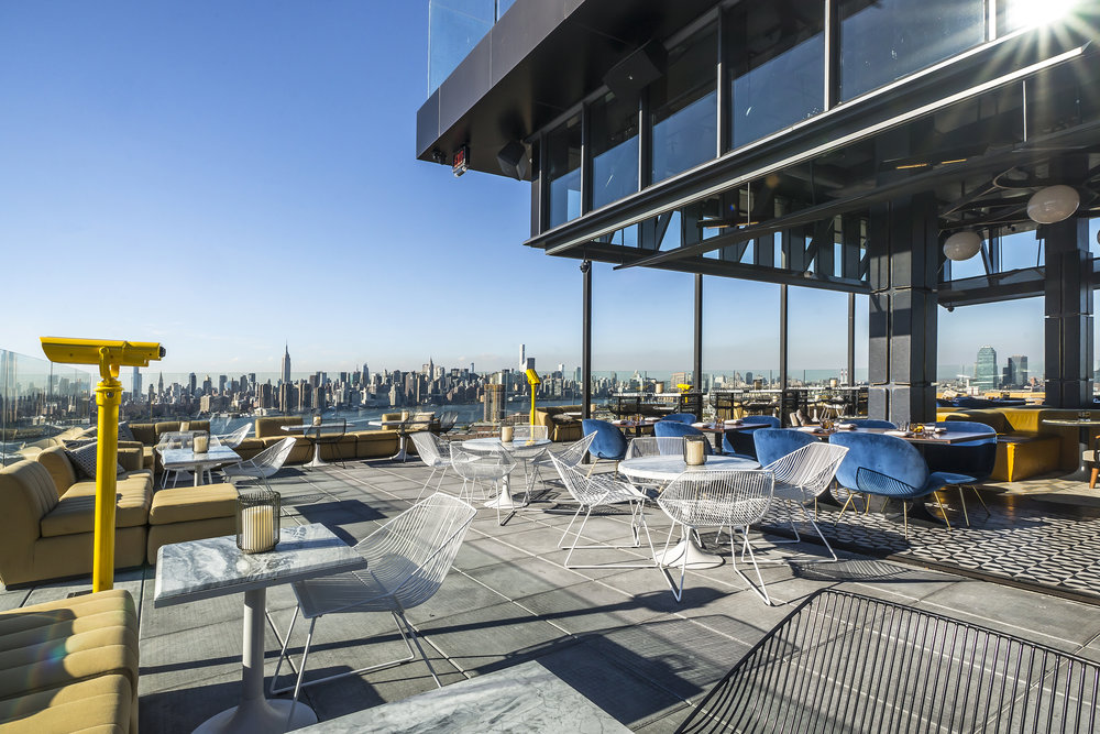 vue depuis le bar roof top du westlight a new york